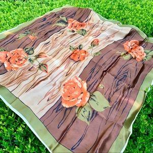 VINTAGE Gorgeous, Elegant, Unique Silk Scarf